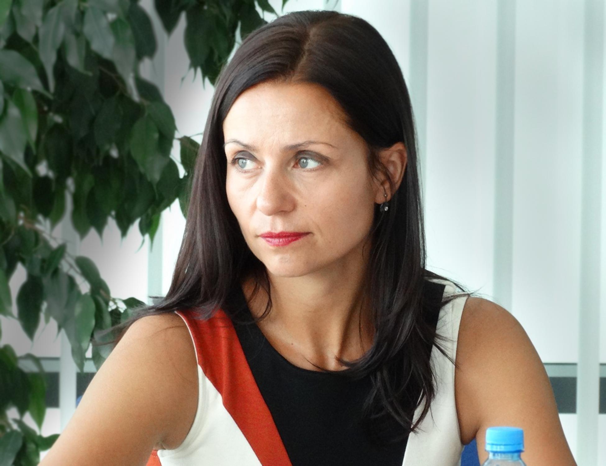 dr Katarzyna Świerk