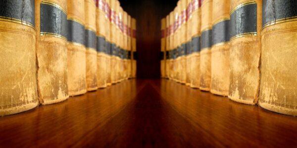 Jak prawidłowo powoływać się na przepisy ustawy Prawo o szkolnictwie wyższym i nauce?