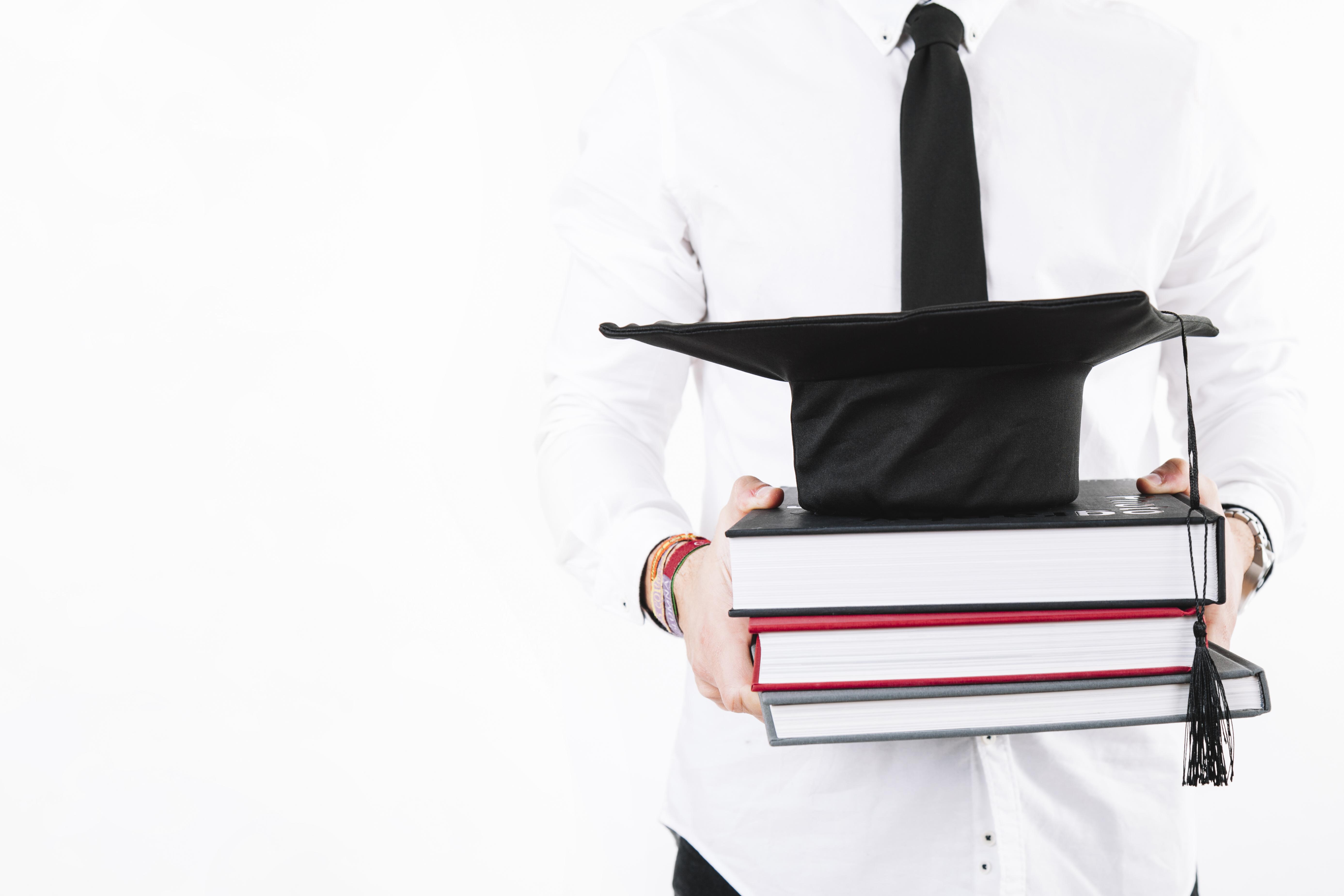 Procedury awansu naukowego wświetle Ustawy 2.0