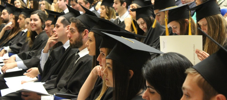 Wpływ ewaluacji dyscyplin naukowych naszkoły doktorskie iproces kształcenia doktorantów [KOMENTARZ]